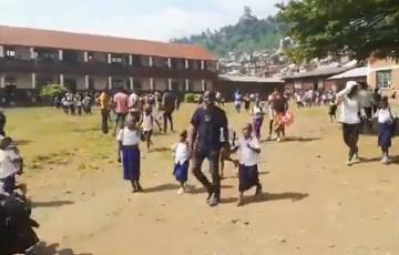 Après la panique suite à une fausse rumeur sur un vaccin anti-Covid-19 à Bukavu, Théo Kasi rassure