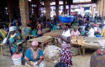 Sud-Kivu: La société civile de Panzi appelle les vendeurs du marché Kamagema à ne pas payer de taxes